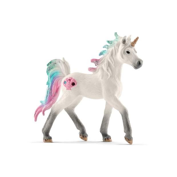 Sea unicorn, foal